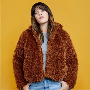 Eloquii Curly Faux Fur Bomber Cropped 14/16 Plus